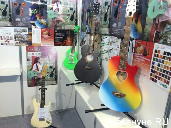 Иннопром гитары|Фото: Накануне.RU