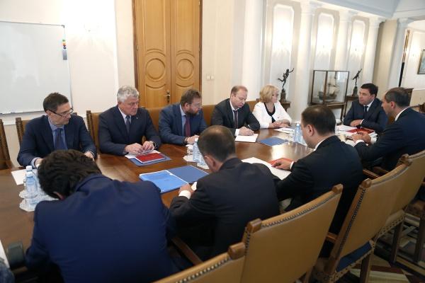 Куйвашев, совещание, Иннопром Фото: Департамент информационной политики губернатора