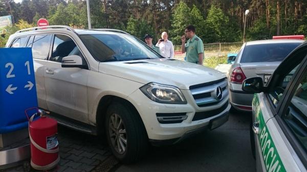 приставы автомобиль арест|Фото: УФССП по Свердловской области