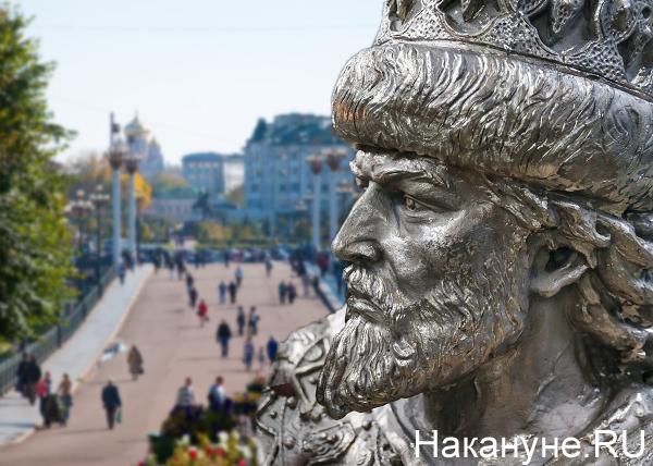 коллаж, памятник, Ивану Грозный, Орел|Фото: Накануне.RU