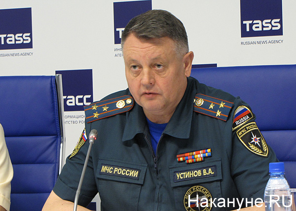 пресс-конференция по пожарам, сибирской язве, Валерий Устинов|Фото: Накануне.RU