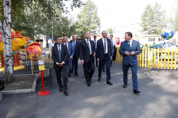 Игорь Шувалов, Евгений Куйвашев Фото: Департамент информационной политики губернатора