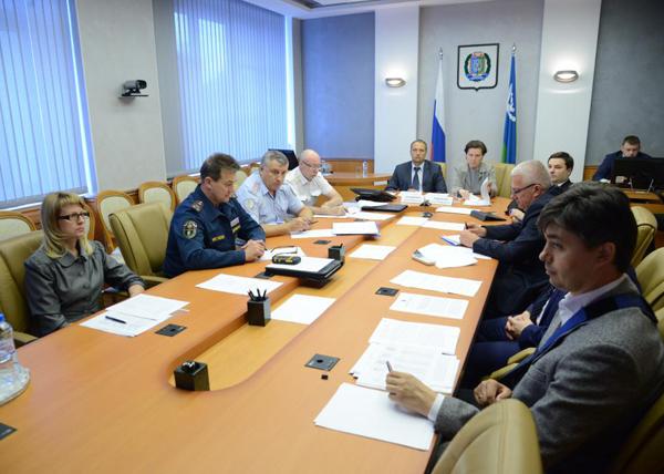 Совещание по законности выборов Фото: admhmao.ru