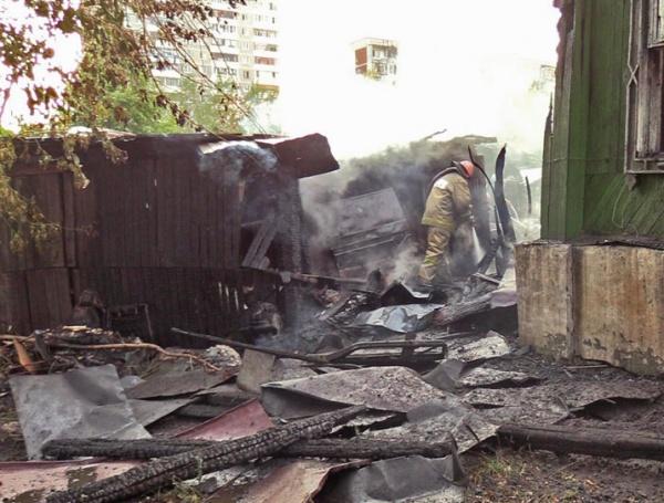 пожар, барак, Екатеринбург|Фото:vk.com