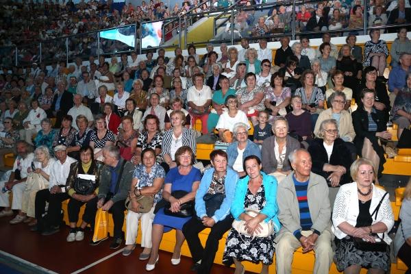 День пенсионера, пожилые люди, праздник Фото: Департамент информационной политики губернатора СО