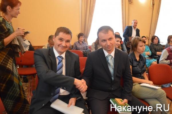 Сергей Сынников поздравляет бывшего конкурента|Фото:Накануне.RU