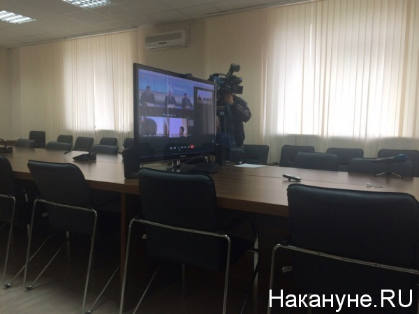 Общественная палата круглый стол Олег Шишов Фото: Накануне.RU