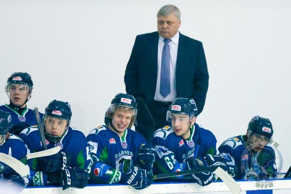 """Павел Езовских, ХК """"Югра"""", тренер Фото:sport-hmao.ru"""
