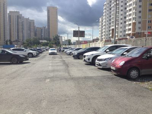 незаконная парковка по ул. Союзная в Екатеринбурге|Фото: прокуратура Свердловской области