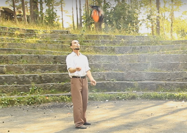 Екатеринбуржец, бензопила, жонглер, Книга рекордов России|Фото: youtube.com
