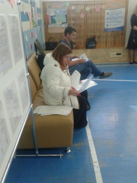Выборы, Сургут, столы для голосований Фото: Константин Шевченко