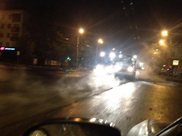 ремонт дорог, асфальт, асфальт в дождь|Фото:https://vk.com/te_ekb