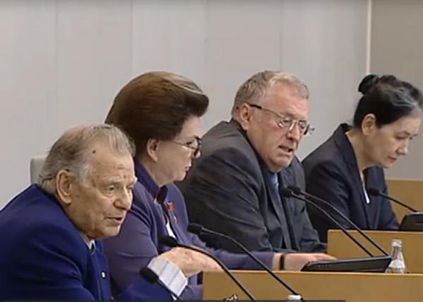 Первое заседание седьмой Госдумы России, Алферов, Жириновский|Фото: vesti.ru