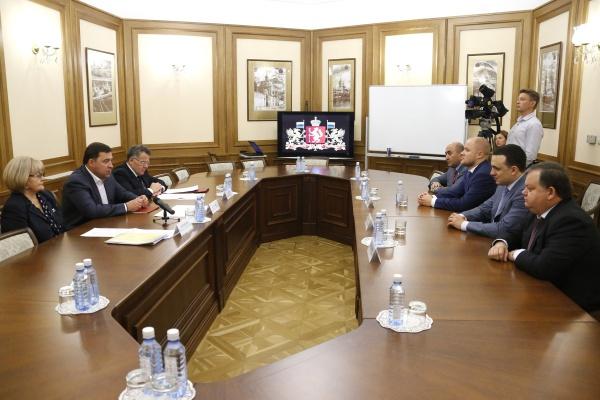 Евгений Куйвашев встреча с депутатами Заксобрания|Фото: ДИП губернатора Свердловской области