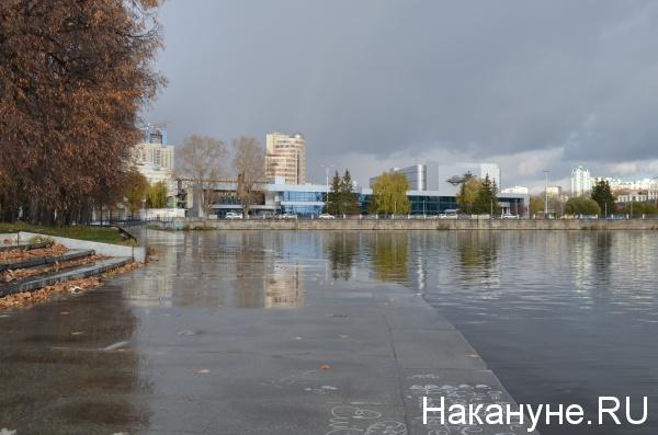городской пруд, набережная, Динамо, Космос|Фото: Накануне.RU