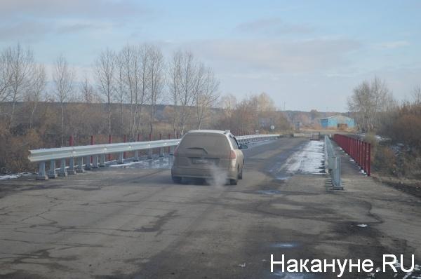 мост, не достроен, автомобили, проезд Фото:Накануне.RU