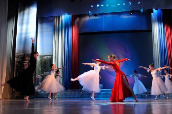 УВЗ, танцы, сцена|Фото: УВЗ