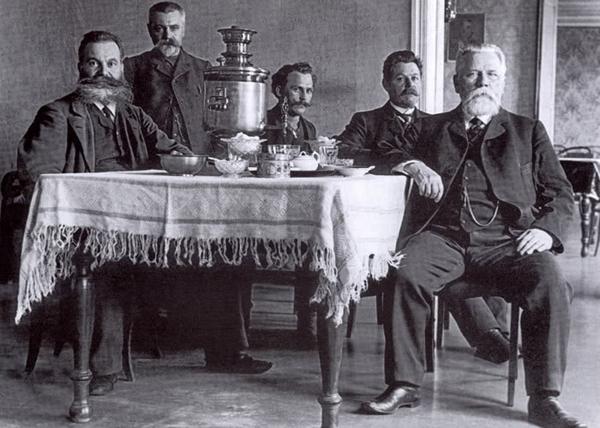 московские купцы, 1916|Фото: