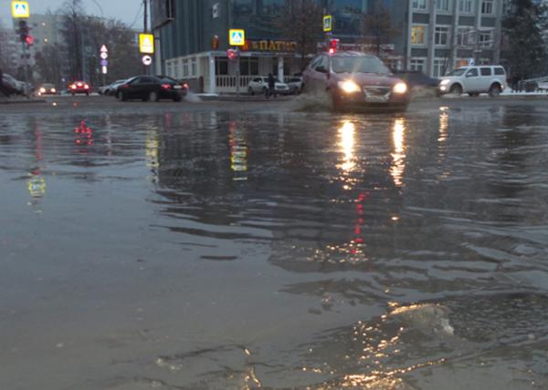 Екатеринбург, авария, потоп|Фото: ночные новости