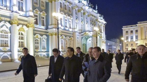 Ли Кэцян, Дмитрий Медведев Фото: правительство.рф