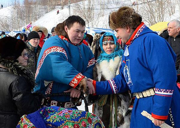 Дмитрий Кобылкин, КМНС, день оленевода|Фото: пресс-служба губернатора ЯНАО