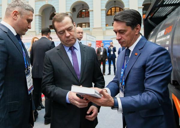 Медведев, УВЗ, Сиенко|Фото: uvz.ru