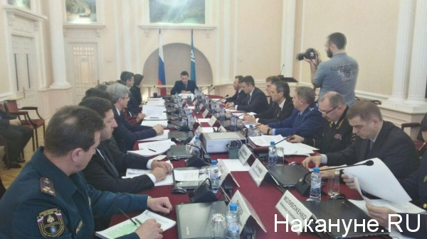 Заседание экспертного совета по Корпорации развития, Ханты-Мансийск. кр совещание Фото: Накануне.RU
