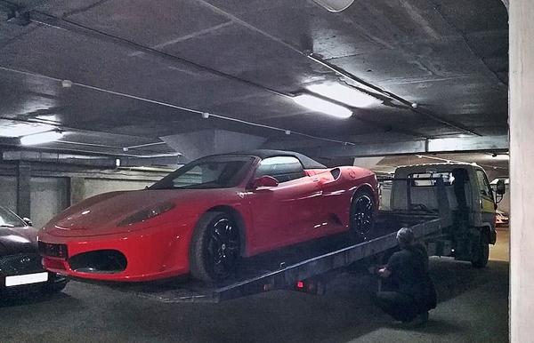 Ferrari F 430, приставы, арест|Фото: УФССП России по Свердловской области