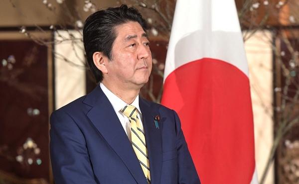 премьер-министр Японии Синдзо Абэ Фото: пресс-служба президента РФ