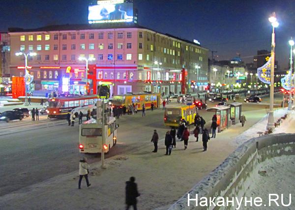 зима, новый год, площадь 1905 года, ул. Ленина, Екатеринбург|Фото: Накануне.RU