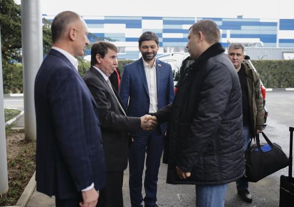 Захарченко, Плотницкий, встреча, делегация, Крым|Фото:пресс-служба депутата ГД РФ Андрея Козенко