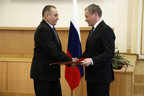 Олег Богомолов, Алексей Кокорин|Фото:пресс-служба губернатора Курганской области