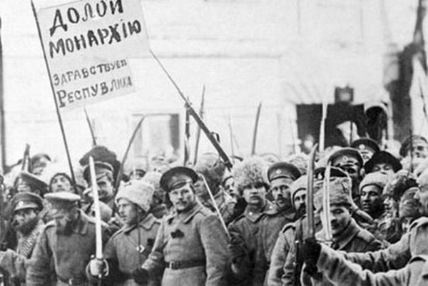 Николай II, отречение монарха, Февральско-мартовский дворцовый переворот, Февральская революция, 1917|Фото: aftershock.news