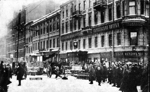 Николай II, отречение монарха, Февральско-мартовский дворцовый переворот, Февральская революция, 1917|Фото: oldsp.ru