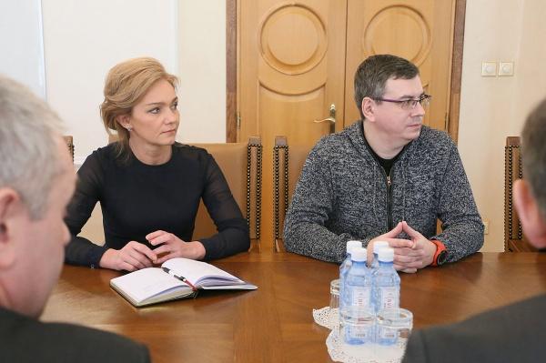 Енин, Шмелева|Фото: департамент информационной политики губернатора