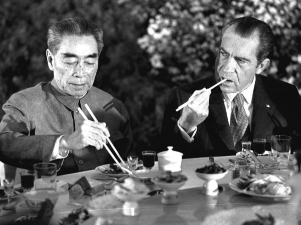 Президент США Р. Никсон и премьер КНР Чжоу Эньлай(2017)|Фото: xiurui.3us.com