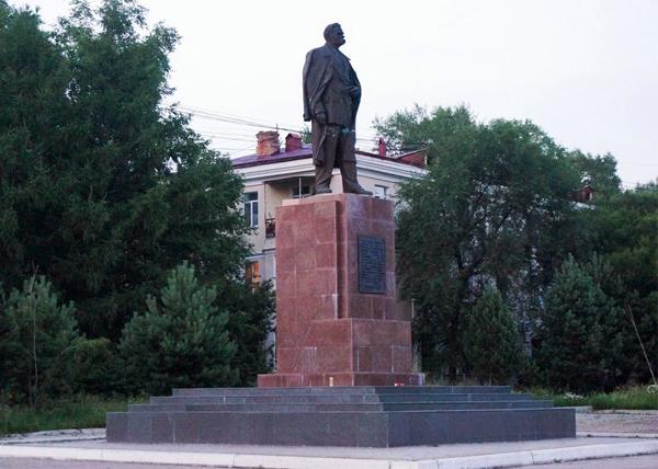 памятник Горькому|Фото: личный архив Станислава Сливко
