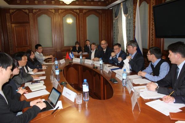 Встреча главы Бурятии А. Цыденова  с инвесторами Байкальской Гавани|Фото: egov-buryatia.ru