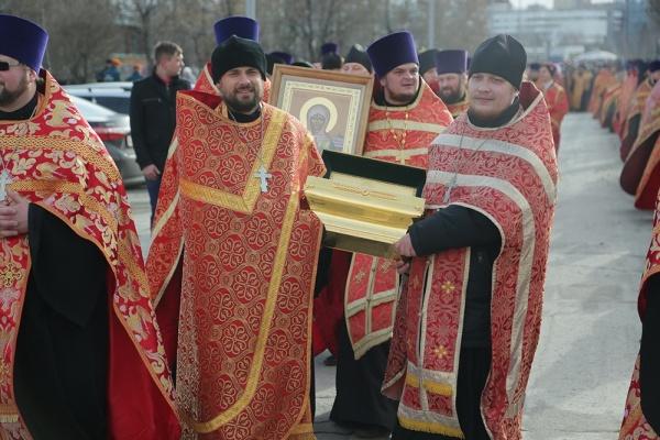 крестный ход, епархия, Екатеринбург, Пасха|Фото:ekaterinburg-eparhia.ru