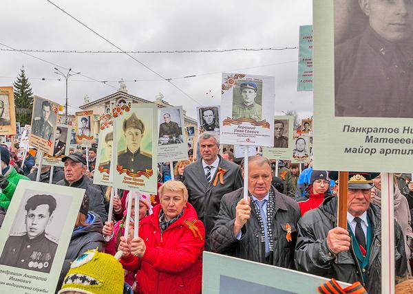 День Победы в Нижнем Тагиле, Бессмертный Полк, Сергей Носов|Фото: мэрия Нижнего Тагила