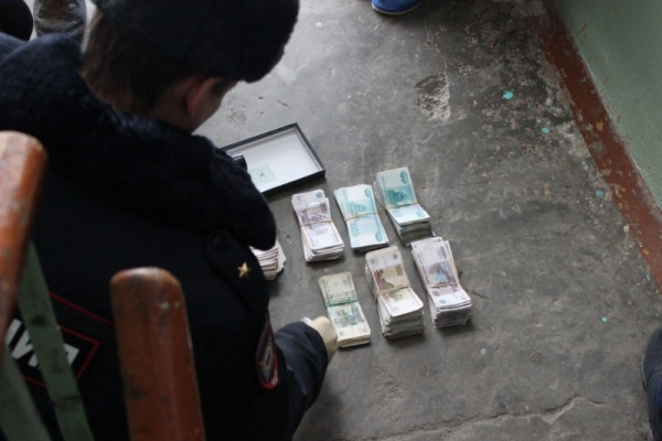 инкассатор деньги инсценировка|Фото: 66.мвд.рф