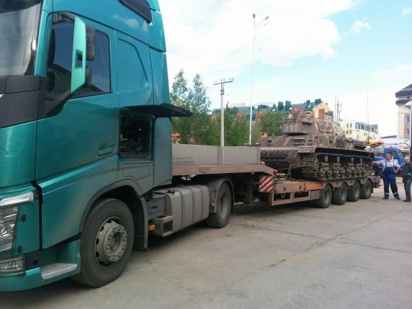 танк Т-4, реконструкция, Ханты-Мансийск|Фото: администрация Ханты-Мансийска