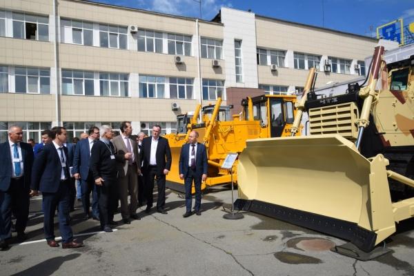 ЧТЗ, Уралвагонзавод, продукция, техника|Фото:пресс-служба губернатора Челябинской области