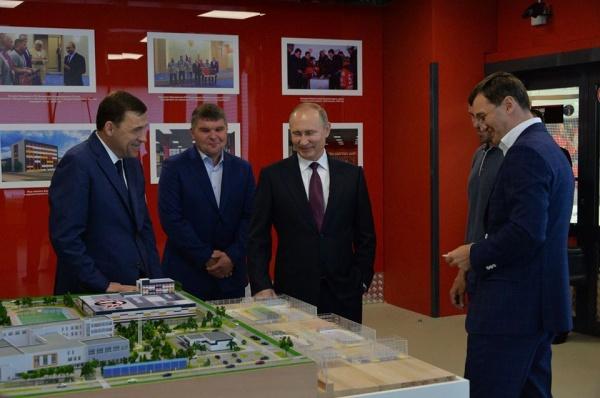 Евгений Куйвашев, Владимир Путин Фото: департамент информационной политики губернатора Свердловской области