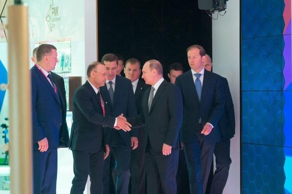 алтушкин и путин, иннопром 2017, рмк|Фото:Иннопром 2017