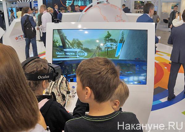 иннопром, стенд Синары, 3D очки, Ласточка, виртуальная реальность|Фото: Накануне.RU