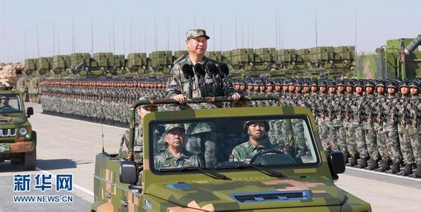 Си Цзиньпин принимает парад в честь 90-ти летия НОАК|Фото: news.cn