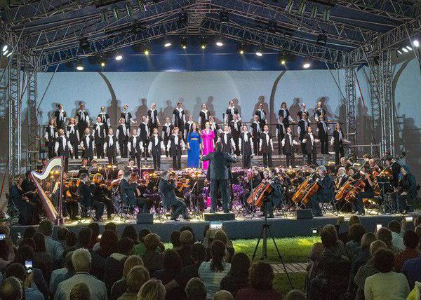 детская филармония, джаз-хор Фото: Свердловская государственная детская филармония