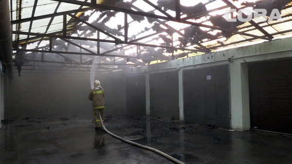 кооператив, гаражи, пожар, Серова, Екатеринбург Фото:СОВА