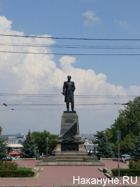 памятник нахимов, севастополь, площадь нахимова(2017)|Фото: Накануне.RU